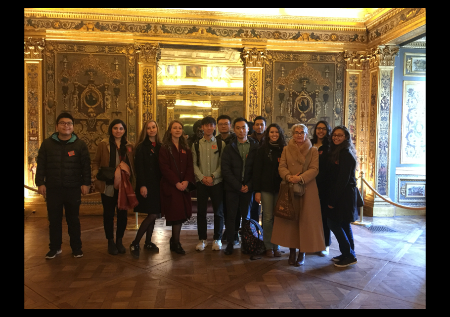 Visiting the French Senate with International Students